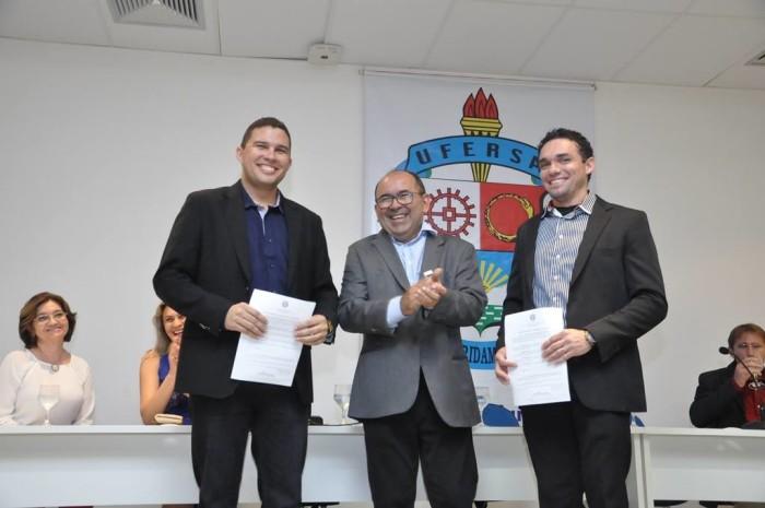 Daniel Freitas e Brito Filho, novos diretores da Ufersa Caraúbas com o Reitor José de Arimatea de Matos / Foto Rocézar Amaral